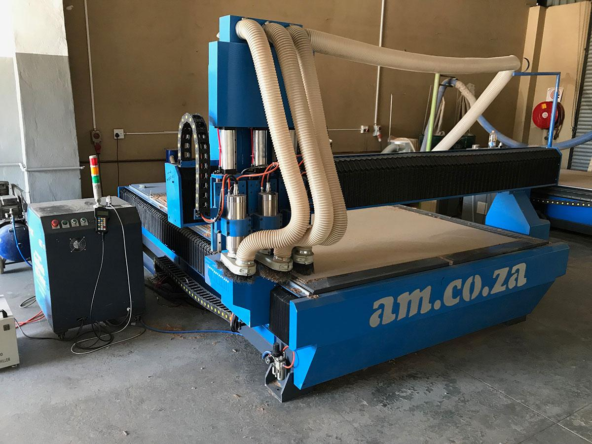CNC Cutting Wood Router